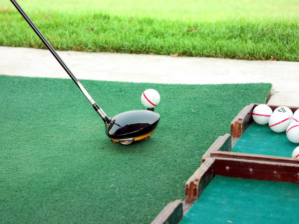 """<span class=""""title"""">ゴルフスクールに通うのに用意すべきもの</span>"""